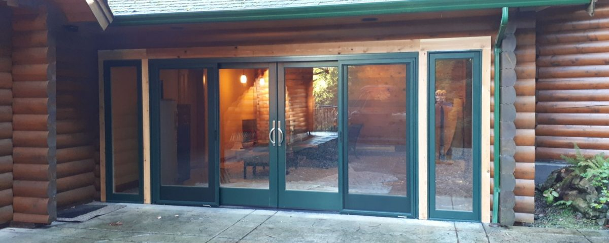 patio-doors outside